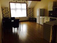 1 bed apartment close to Leeds city centre furnished