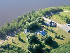 Maison à vendre borde de l'eau Notre-Dame-du-Nord