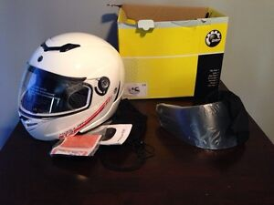 New Can-Am modular GT2 helmet