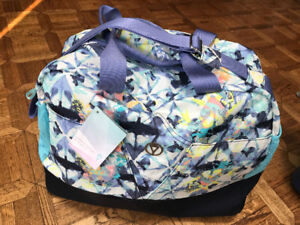 BRAND NEW WITH TAGS Ivivva Girls (Lululemon) Weekend Duffle Bag