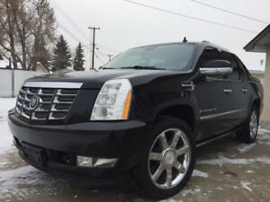 MUST SELL! FULLY LOADED LUXURY 2008 CADILLAC ESCALADE EXT AWD