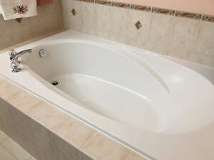 Drop-in soaker tub