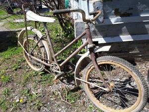 Vélo Bicyclette vintage banc banane