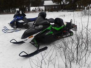 2011 cat 1100 turbo, amazing sled, inc all the gear you wil need