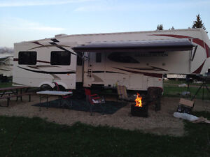 35 foot fifth wheel camper