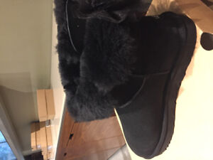 Uggs boots size 11-women