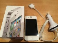 Iphone 4S à vendre (blanc) avec prise USB pour la voiture