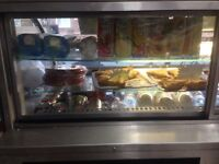 Chiled display unit counter top serve service fridge