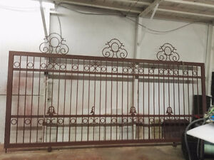 Heavy Duty ( 3) Fence and (1) Gate  NEW