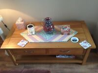 Matching coffee table & TV unit