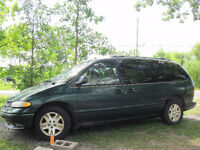 1996 Dodge Caravan Being Sold for Parts