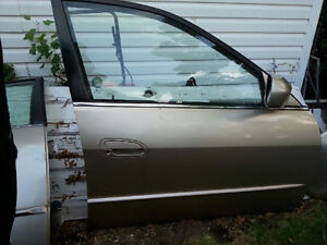 2001 Honda Accord Passengers Side Door and Front Bumper Cover