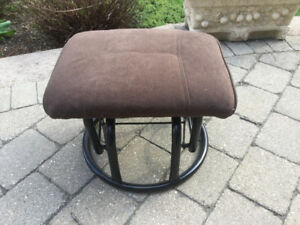 Foot Stool or small seater