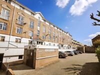 1 bedroom flat in Dockers Tanner Road, Docklands E14