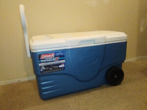 COLEMAN Wheeled Xtreme5 Cooler 62qt for camping picnic etc