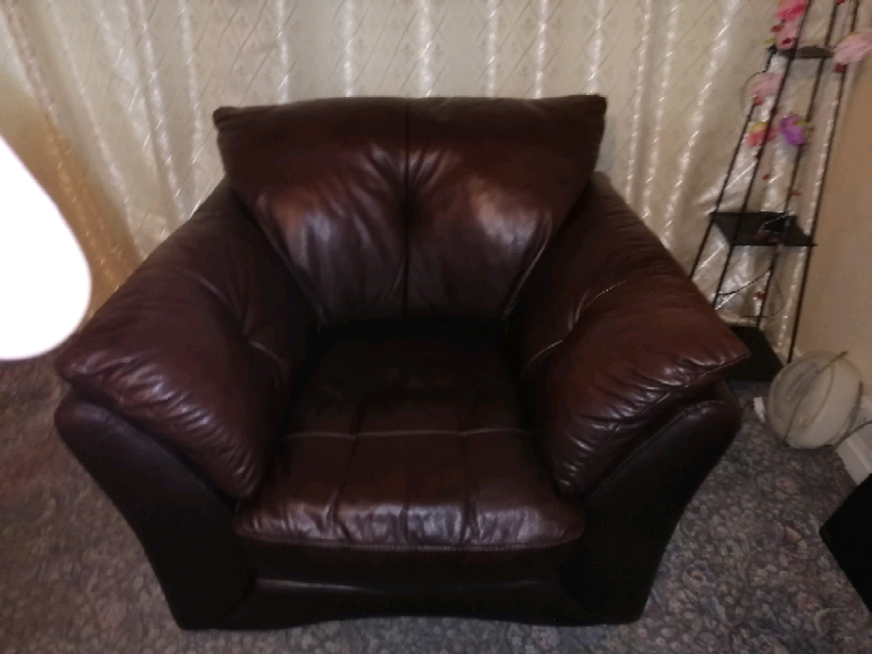 Leather 3 piece suite | in St Helens, Merseyside | Gumtree