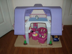 Little Tikes 2 Story Large Doll House Play Set