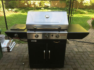 BBQ for the Summer! $95 Bucks - Good Size, Works Well