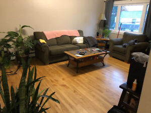 Nice two bedroom apartment Fairview - available November 1st