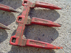 IHC swather,combine sickle guards Part#633240R