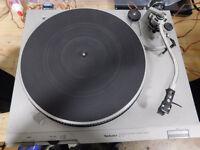 Technics SL-D2 Direct Drive Turntable