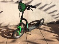 All surface dirt scooter with pneumatic tyres.