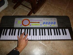 PIANO ORGUE CLAVIER ÉLECTRONIQUE POUR JOUER DE LA MUSIQUE