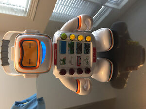 Alphie Playskool Robot