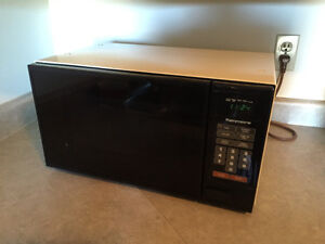 Good condition microwave