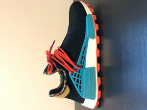 VNDS SolarhuNMD core black/clear blue/orange size 10.5 sendoffer