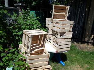 Caisses de bois decoratives