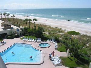 Luxury 2 Bedroom Oceanfront Condo - Corner Unit-Newly Renovated