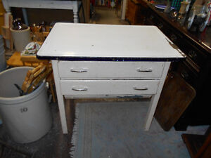 Bakers Table Kijiji Free Classifieds In Manitoba Find