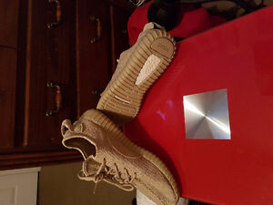 Real yezzy 350 boosts worn twice in side!