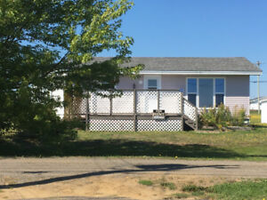 Ocean View 2 Bedroom house with Beach access $850/mth
