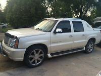 New safety. Priced to go!2005 Cadillac Escalade Ext Pickup Truck