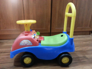 Ride-on and walker toy