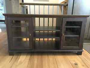 *Pine TV Stand/Entertainment Unit For Sale!*