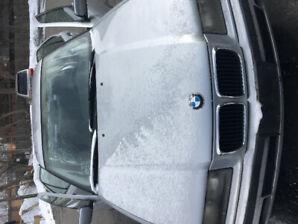 BMW 1997 318i RWD
