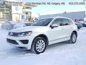 2016 Volkswagen Touareg 3.6 Execline  - R-Line Package - $329.16