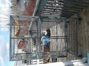 Two level critter cage