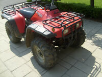 HONDA FOURTRAX 4 X 4  IN EXCELENT CONDITION  NO ISSUES.