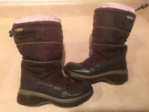 Toddler Cougar Winter Boots Size 12 London Ontario image 1