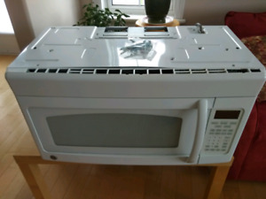 GE Under-Counter Microwave