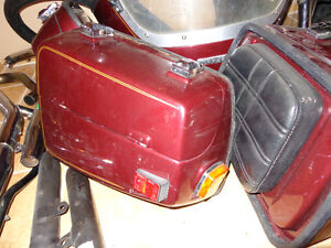 1983 Suzuki GS 1100 K cowl and bags   recycledgear.ca Kawartha Lakes Peterborough Area image 8