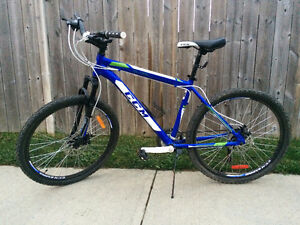 CCM Slope Hardtail Mountain Bike