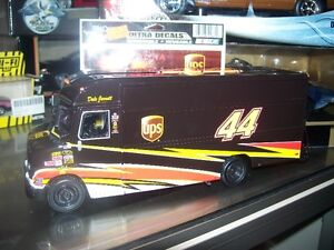 "Dale,s UPS TRUCK 1/32 scale 12"" long"