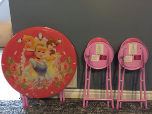 Folding Barbie table and chairs