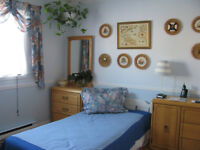 Monthly rent! Nice clean! For students!