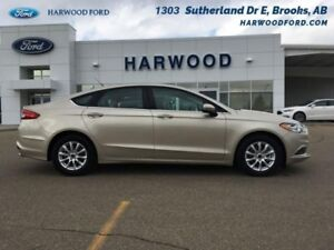 2017 Ford Fusion S   - REALLY 1100 KM. - BACKUP CAMERA - $143.30